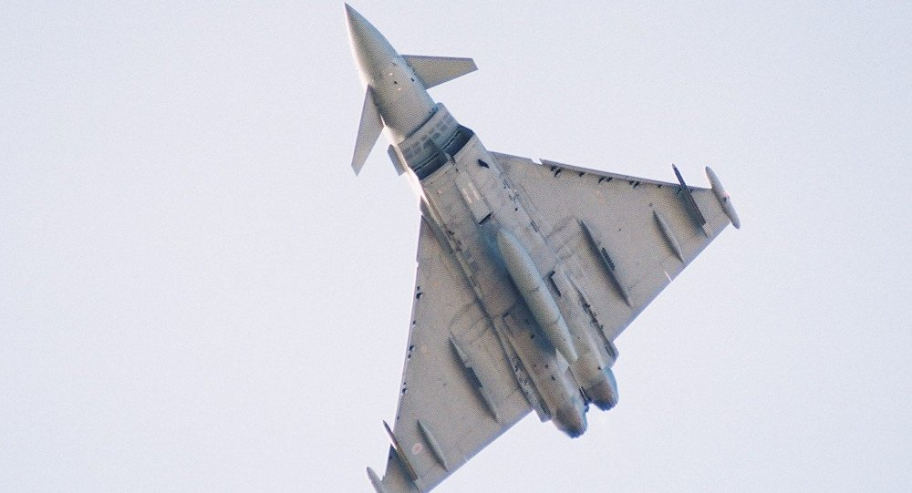 Истребитель Eurofighter Typhoon 2000